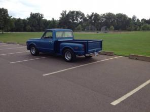 1971 Chevy C-10 Shortbox Stepside